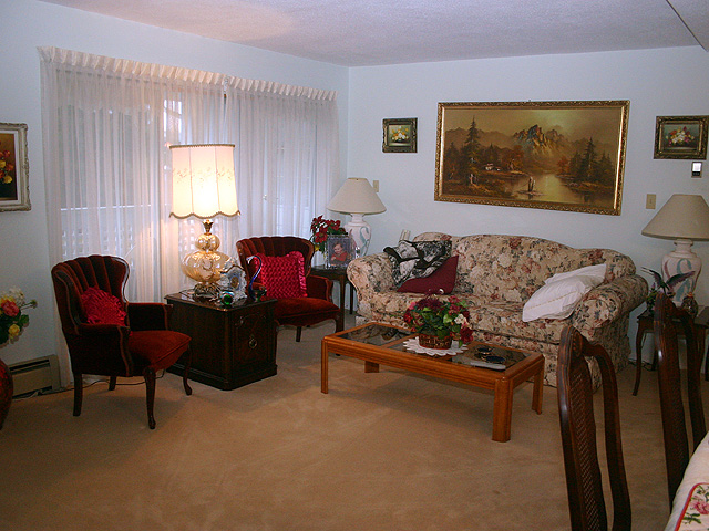 "Photo 3: 323 32853 LANDEAU Place in Abbotsford: Central Abbotsford Condo for sale in ""Park Place"" : MLS® # F1300693"