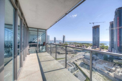 Photo 2: 90 Park Lawn Rd Unit #1805 in Toronto: Mimico Condo for sale (Toronto W06)  : MLS(r) # W3022037