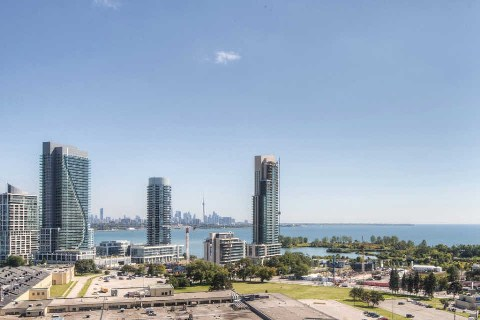 Photo 4: 90 Park Lawn Rd Unit #1805 in Toronto: Mimico Condo for sale (Toronto W06)  : MLS(r) # W3022037