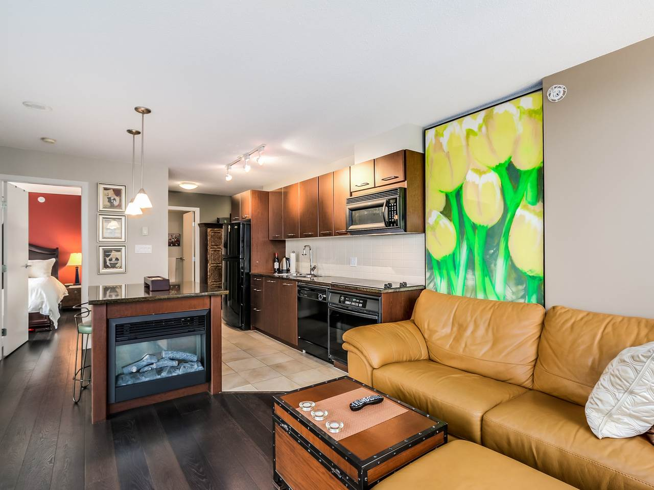 Photo 2: 2308 1155 SEYMOUR STREET in Vancouver: Downtown VW Condo for sale (Vancouver West)  : MLS® # R2026499