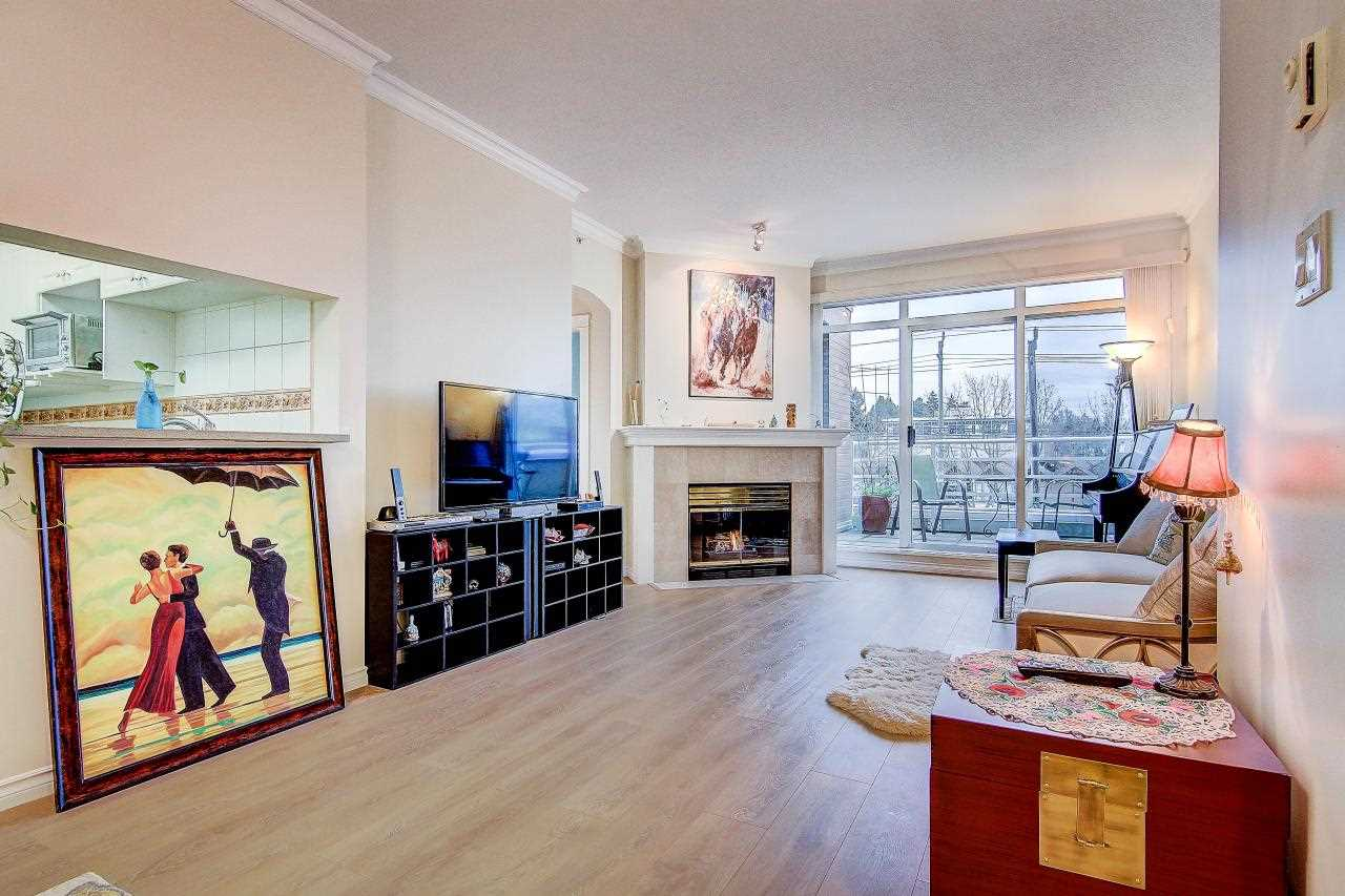 Photo 3: 409 2105 W 42ND AVENUE in Vancouver: Kerrisdale Condo for sale (Vancouver West)  : MLS® # R2124910