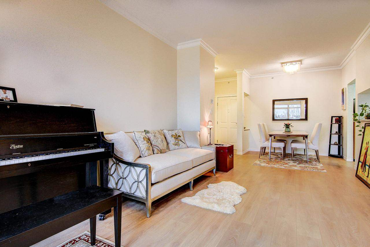 Photo 4: 409 2105 W 42ND AVENUE in Vancouver: Kerrisdale Condo for sale (Vancouver West)  : MLS® # R2124910