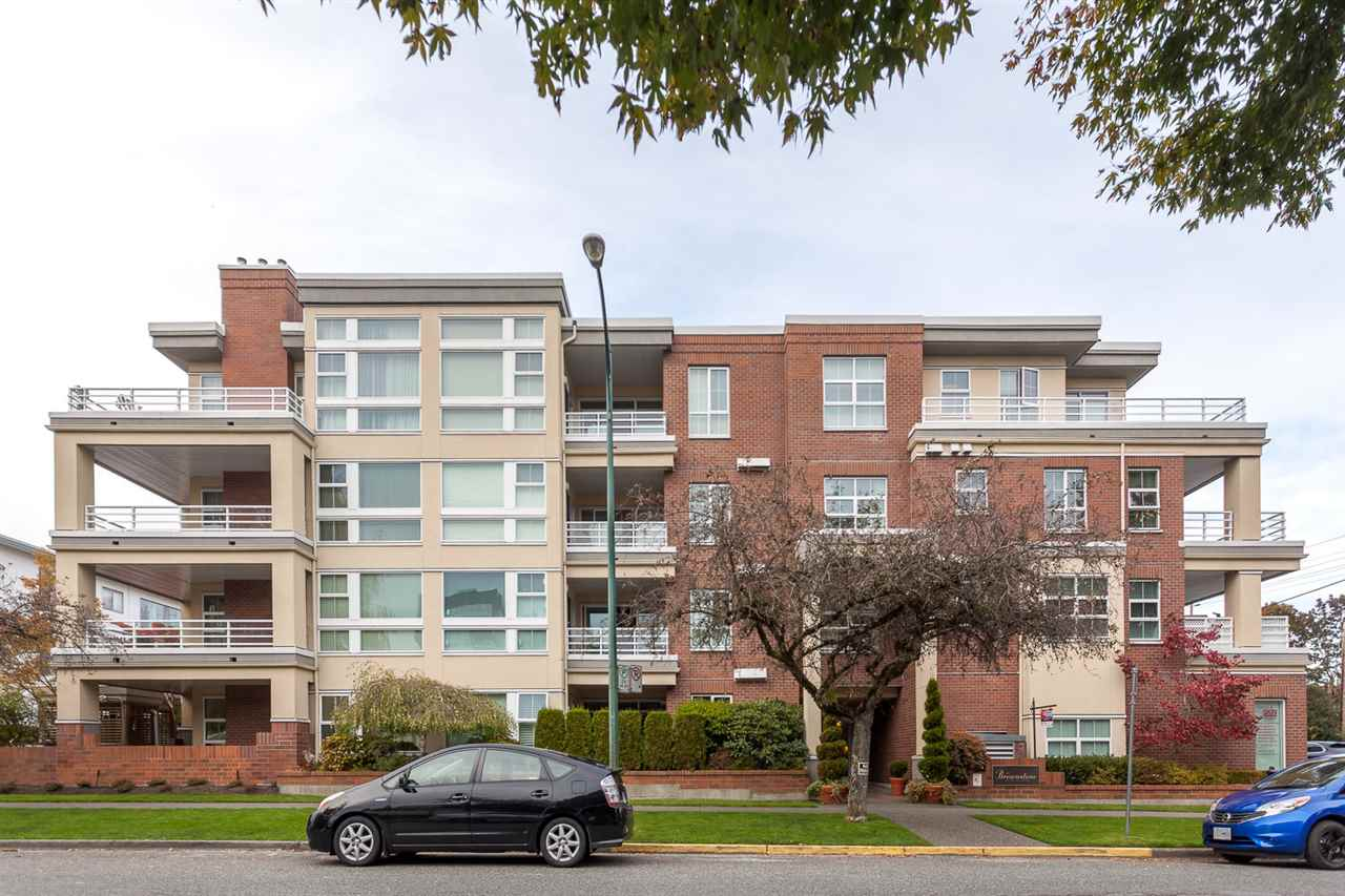 Main Photo: 409 2105 W 42ND AVENUE in Vancouver: Kerrisdale Condo for sale (Vancouver West)  : MLS® # R2124910