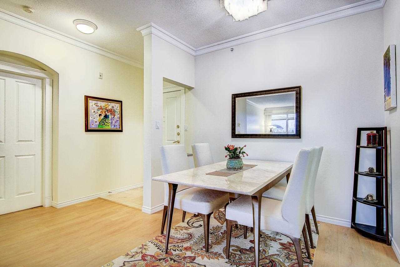 Photo 7: 409 2105 W 42ND AVENUE in Vancouver: Kerrisdale Condo for sale (Vancouver West)  : MLS® # R2124910