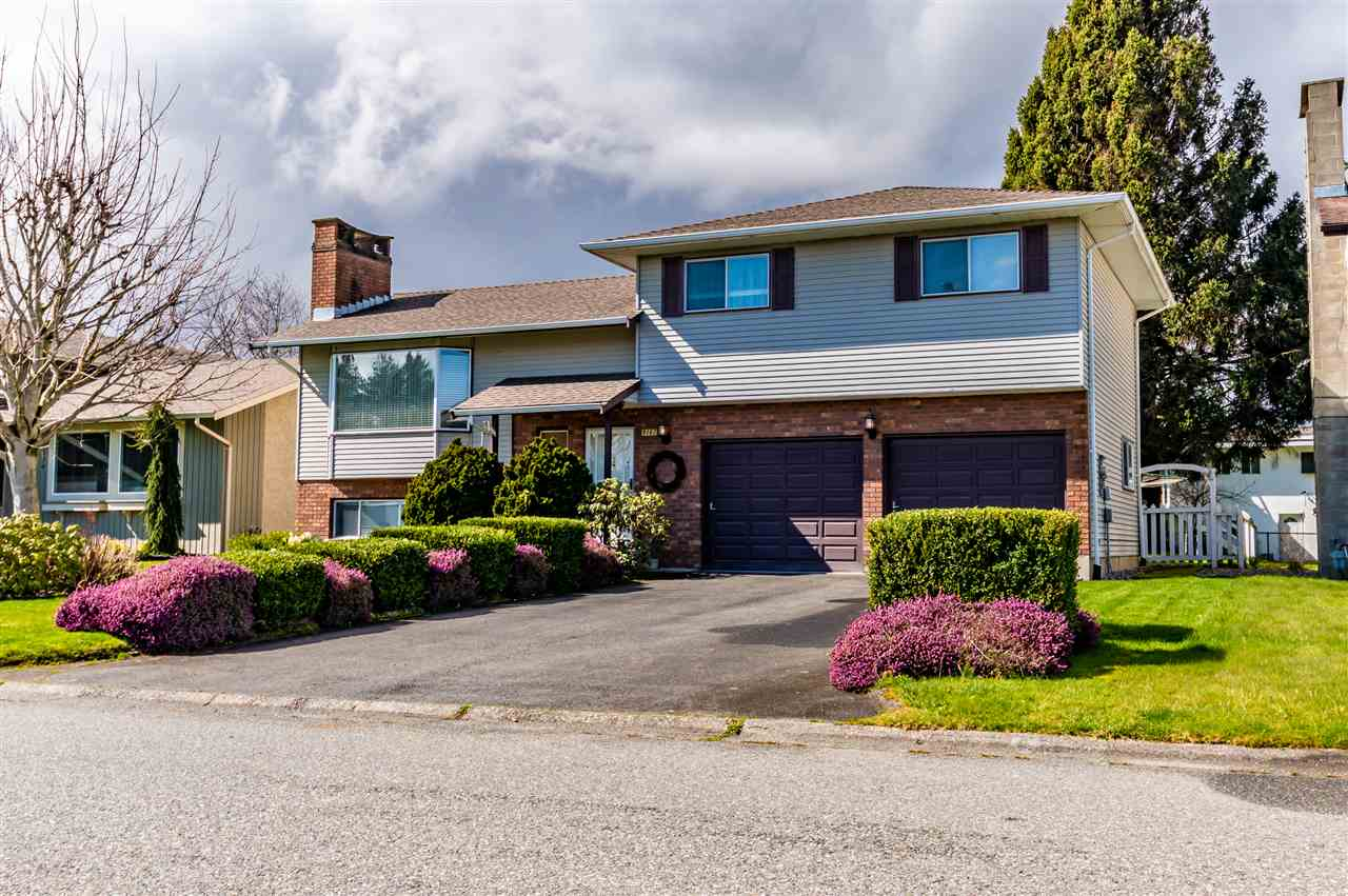 FEATURED LISTING: 9147 MAVIS Street Chilliwack