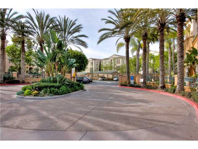Photo 13: CARMEL VALLEY Condo for sale : 3 bedrooms : 12358 Carmel Country Road #A301 in San Diego