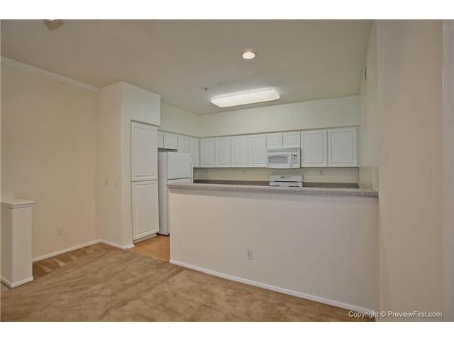 Photo 3: CARMEL VALLEY Condo for sale : 3 bedrooms : 12358 Carmel Country Road #A301 in San Diego