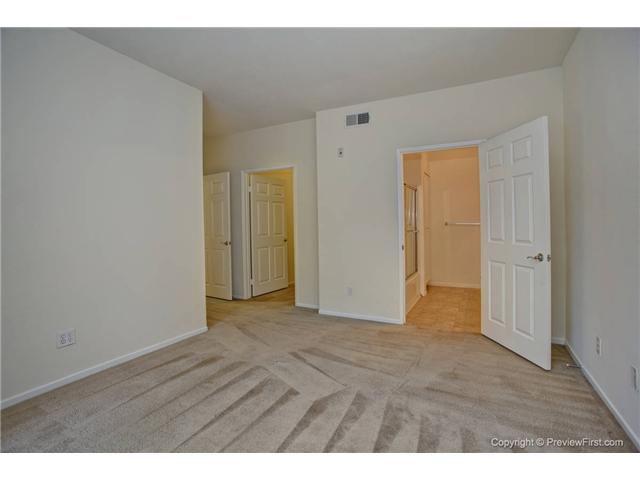 Photo 10: CARMEL VALLEY Condo for sale : 3 bedrooms : 12358 Carmel Country Road #A301 in San Diego