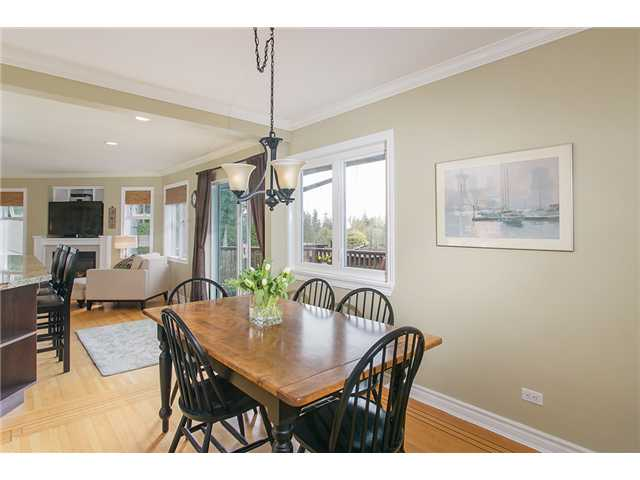 Photo 6: Photos: 4631 CEDARCREST AV in North Vancouver: Canyon Heights NV House for sale : MLS®# V1115330
