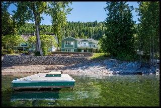 Main Photo: 3513 Eagle Bay Road in Eagle Bay: Waterfront House for sale : MLS(r) # 10100248