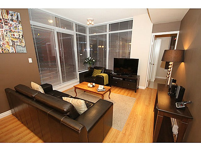 Main Photo: # 2601 1211 MELVILLE ST in Vancouver: Coal Harbour Condo for sale (Vancouver West)  : MLS®# V1138625