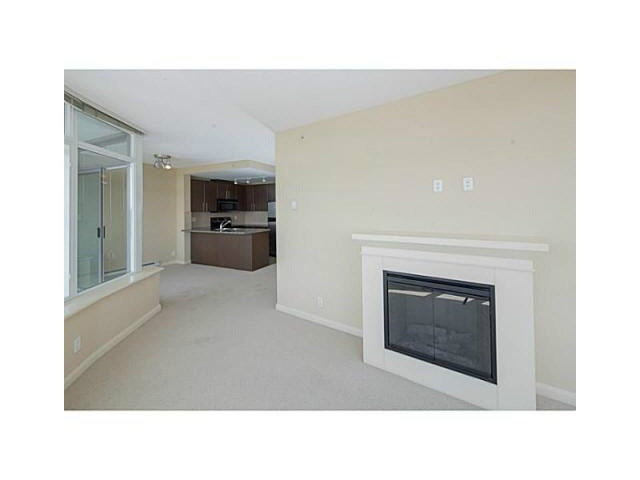 Photo 2: 2902 892 CARNARVON STREET in New Westminster: Downtown NW Condo for sale : MLS(r) # R2123726