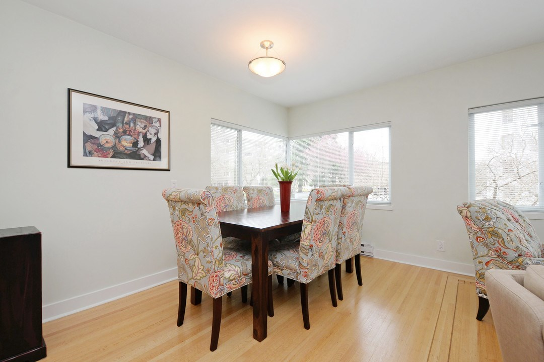 Photo 3: 201 2015 HARO STREET in Vancouver: West End VW Condo for sale (Vancouver West)  : MLS® # R2152971
