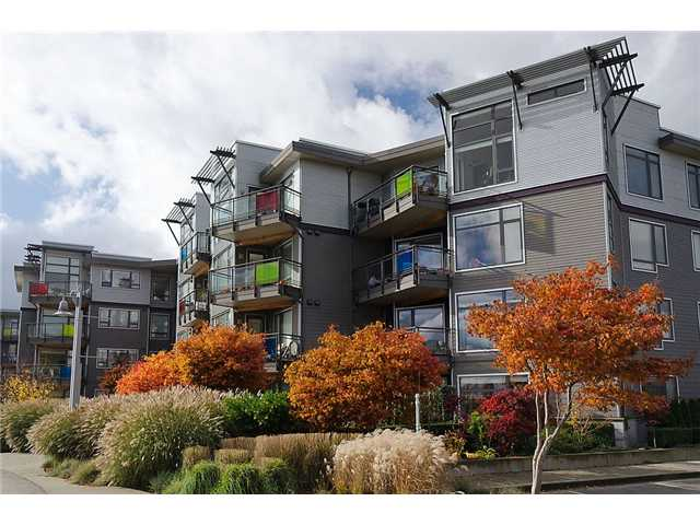 "Main Photo: 110 14300 RIVERPORT Way in Richmond: East Richmond Condo for sale in ""WATERSTONE PIER"" : MLS® # V931528"