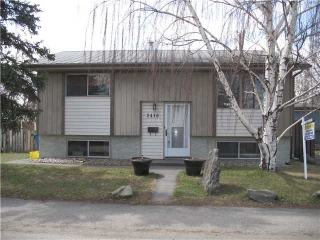 Main Photo: 2410 OLYMPIA Drive SE in CALGARY: Lynnwood Riverglen House for sale (Calgary)  : MLS(r) # C3565608