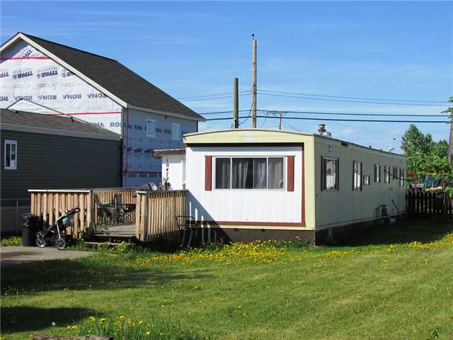 "Main Photo: 10472 99TH Street: Taylor Manufactured Home for sale in ""TAYLOR"" (Fort St. John (Zone 60))  : MLS(r) # N239096"
