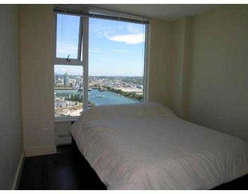 "Photo 5: 3007 1009 EXPO BV in Vancouver: Downtown VW Condo for sale in ""LANDMARK 33"" (Vancouver West)  : MLS® # V549103"