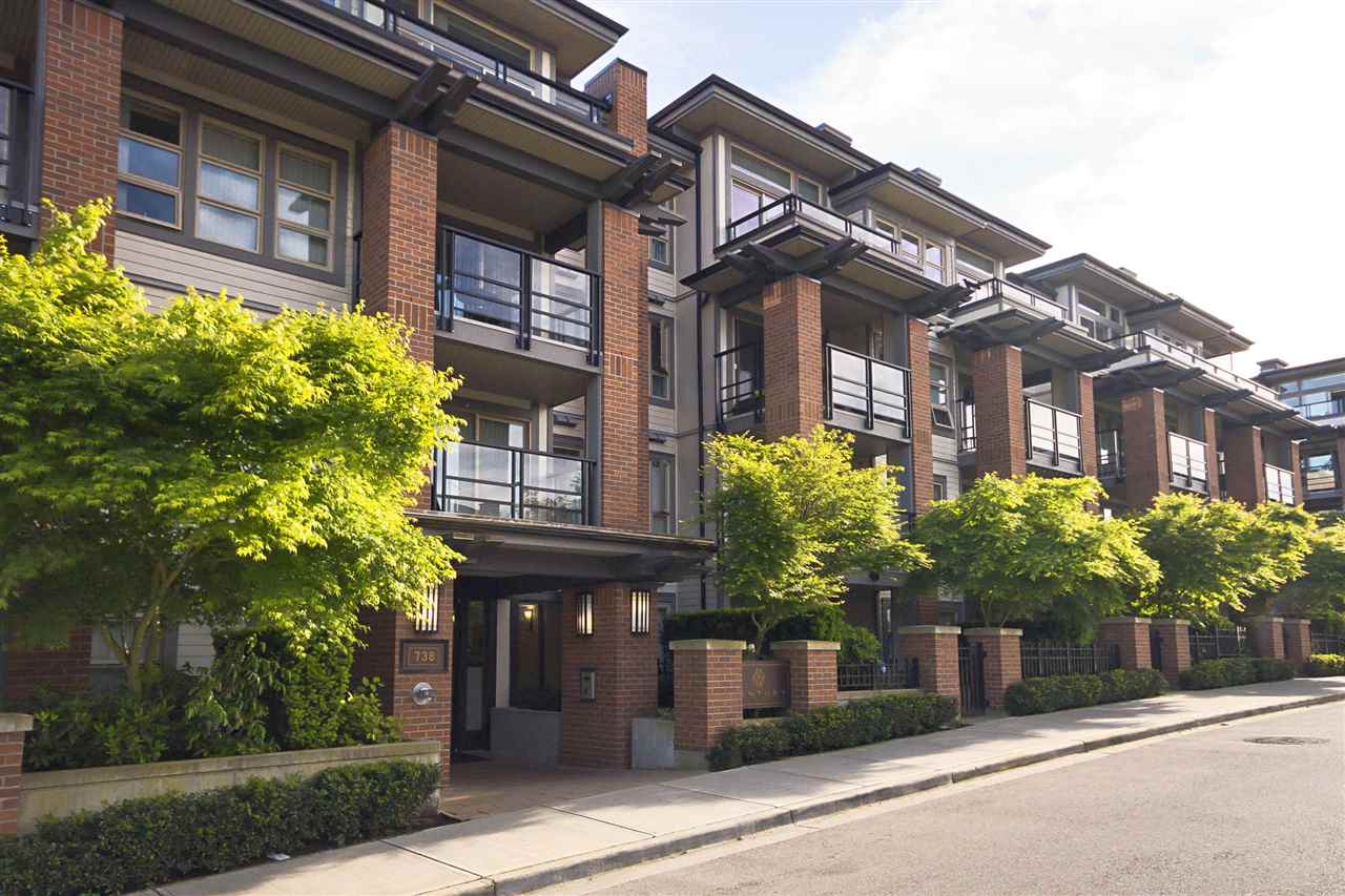 Main Photo: 426 738 E 29TH AVENUE in Vancouver: Fraser VE Condo for sale (Vancouver East)  : MLS® # R2068425