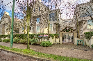 "Main Photo: 314 3150 W 4TH Avenue in Vancouver: Kitsilano Condo for sale in ""AVANTI"" (Vancouver West)  : MLS(r) # V984207"