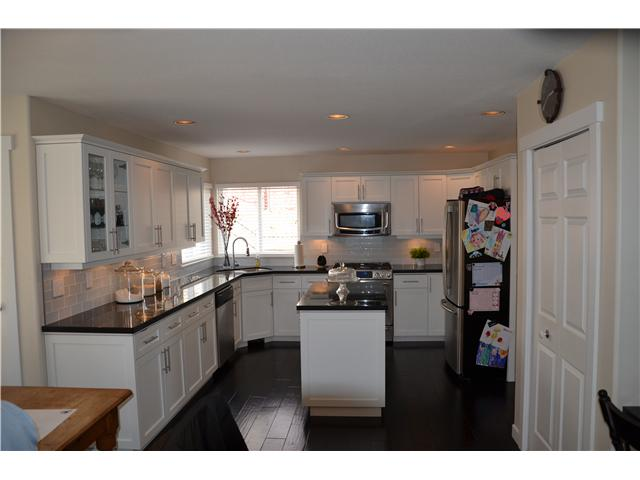 "Photo 3: 1587 MANZANITA Court in Coquitlam: Westwood Plateau House for sale in ""WESTWOOD PLATEAU"" : MLS® # V995234"