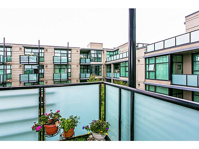 "Photo 10: 422 8988 HUDSON Street in Vancouver: Marpole Condo for sale in ""RETRO"" (Vancouver West)  : MLS® # V1009870"