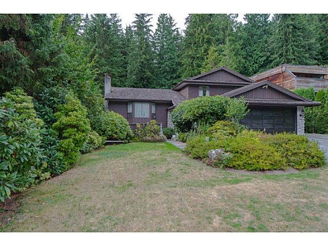 Main Photo: 2591 HYANNIS Point in North Vancouver: Blueridge NV House for sale : MLS® # V1024834