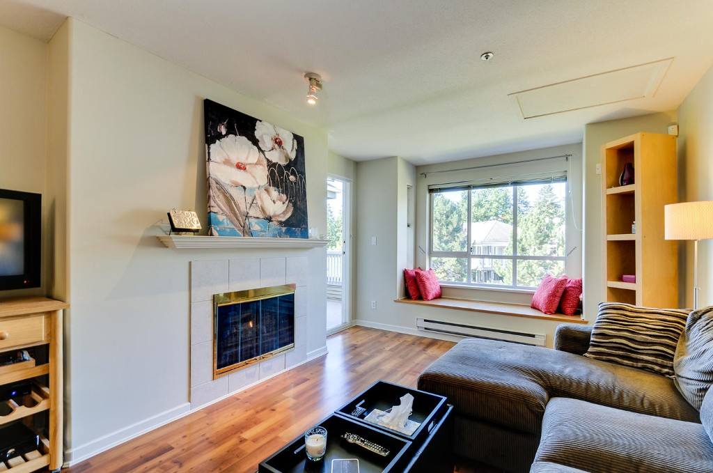 Photo 6: # 407 6745 STATION HILL CT in Burnaby: South Slope Condo for sale (Burnaby South)  : MLS® # V1087285