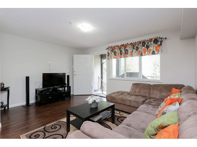 Photo 3: # 37 1268 RIVERSIDE DR in Port Coquitlam: Riverwood Condo for sale : MLS(r) # V1134859