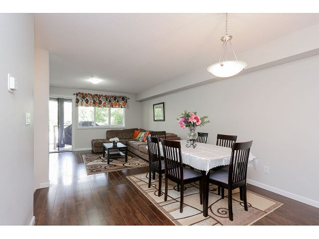 Photo 5: # 37 1268 RIVERSIDE DR in Port Coquitlam: Riverwood Condo for sale : MLS(r) # V1134859
