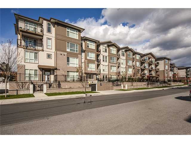 Photo 5: # 104 2343 ATKINS AV in Port Coquitlam: Central Pt Coquitlam Condo for sale : MLS(r) # V1010226