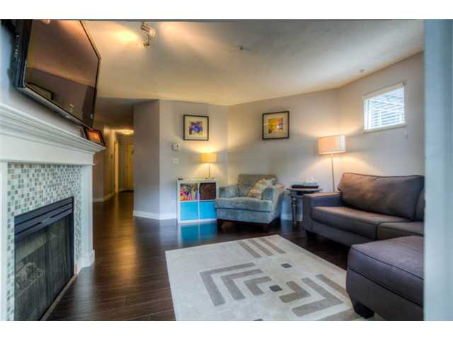 Photo 4: 104 2736 Victoria Drive in Vancouver: Grandview VE Condo for sale (Vancouver East)  : MLS® # V1013118