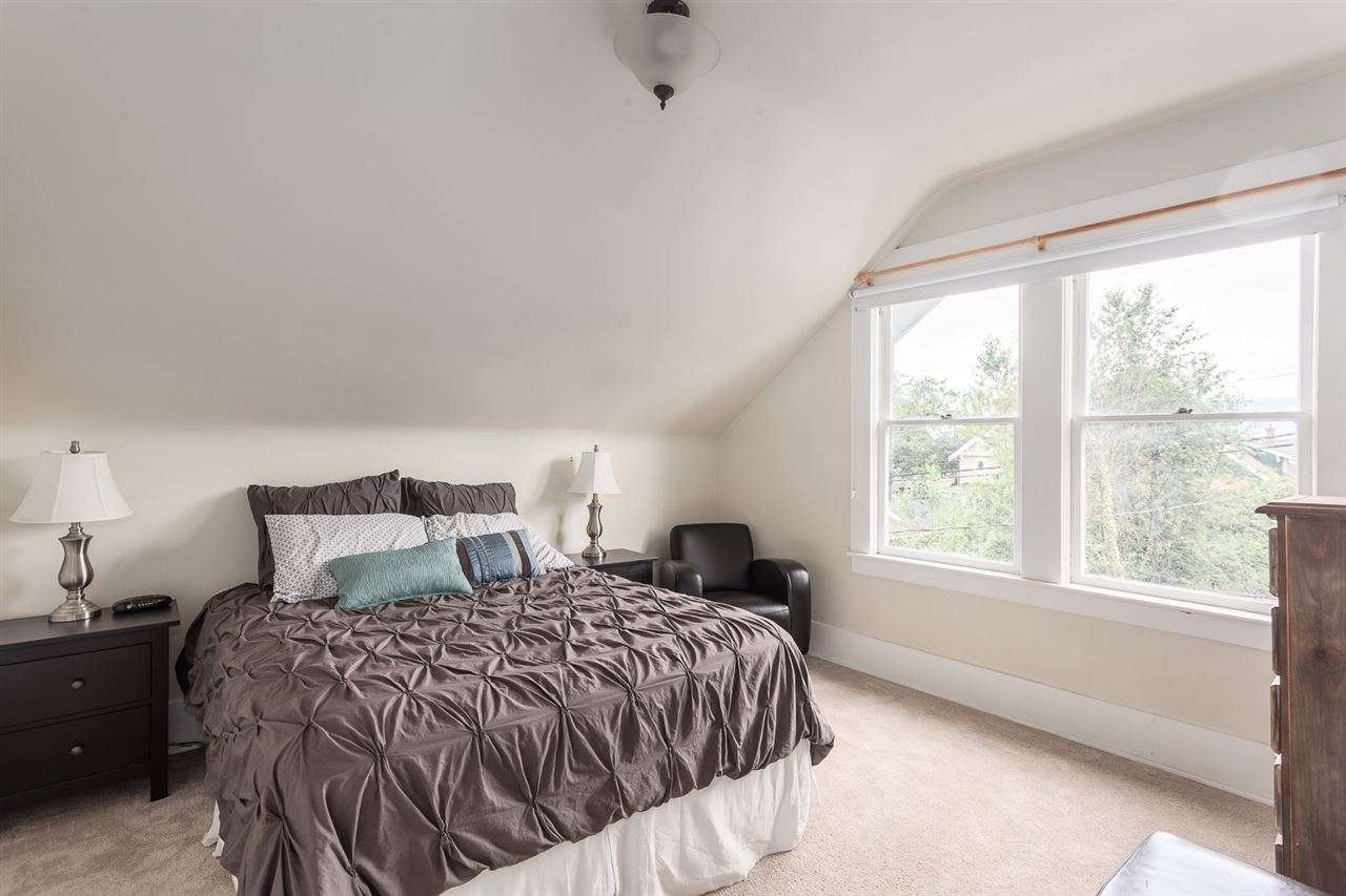 Photo 6: 2645 W 11TH AVENUE in Vancouver: Kitsilano House for sale (Vancouver West)  : MLS® # R2089393