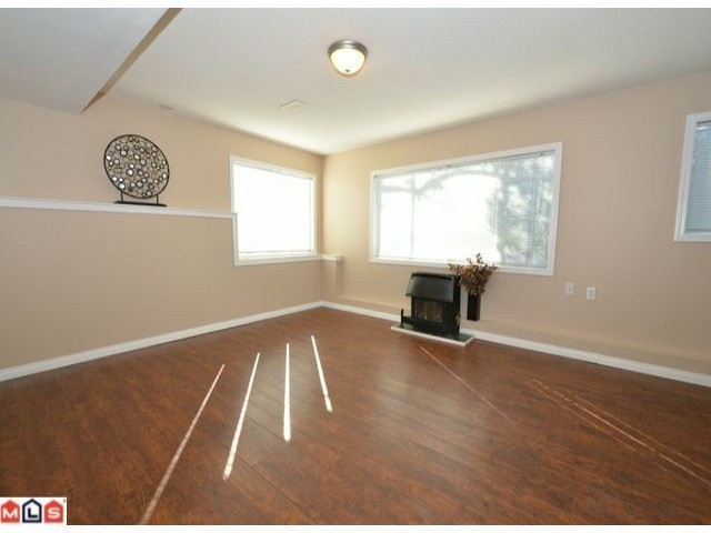 Photo 8: 32426 MCRAE Avenue in Mission: Mission BC House for sale : MLS® # F1223442