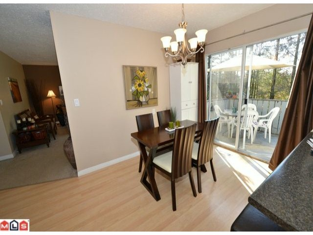 Photo 4: 32426 MCRAE Avenue in Mission: Mission BC House for sale : MLS® # F1223442