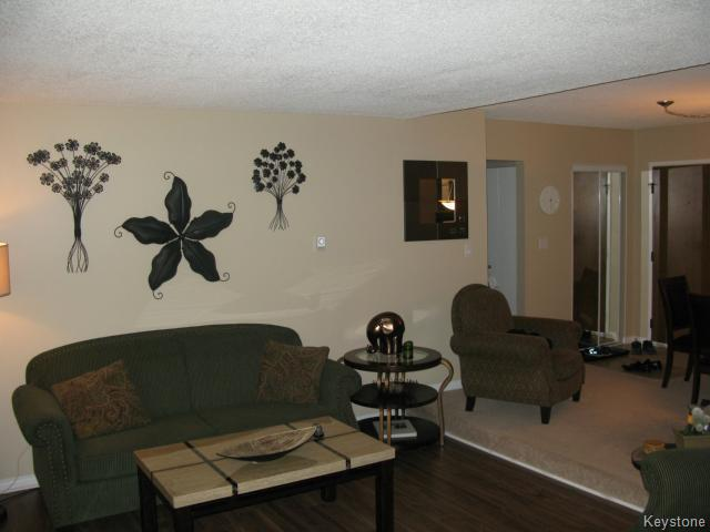 Photo 5: Photos: 35 Wynford Drive in WINNIPEG: Transcona Apartment for sale (North East Winnipeg)  : MLS® # 1412798
