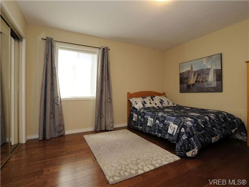 Photo 15: 1553 Eric Road in VICTORIA: SE Mt Doug Single Family Detached for sale (Saanich East)  : MLS(r) # 340988