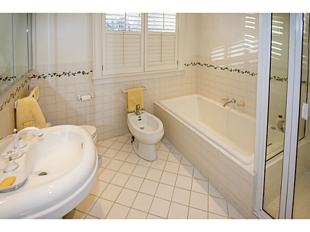 Photo 12: 1625 W 28TH AV in Vancouver: Shaughnessy House for sale (Vancouver West)  : MLS® # V1097713