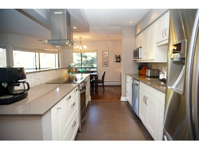 Photo 4: # 210 1720 W 12TH AV in Vancouver: Fairview VW Condo for sale (Vancouver West)  : MLS(r) # V1101253