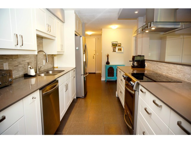 Main Photo: # 210 1720 W 12TH AV in Vancouver: Fairview VW Condo for sale (Vancouver West)  : MLS(r) # V1101253