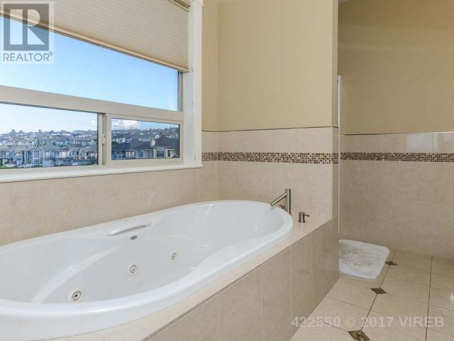 Photo 10: 6566 ALBATROSS WAY in NANAIMO: House for sale : MLS® # 422550