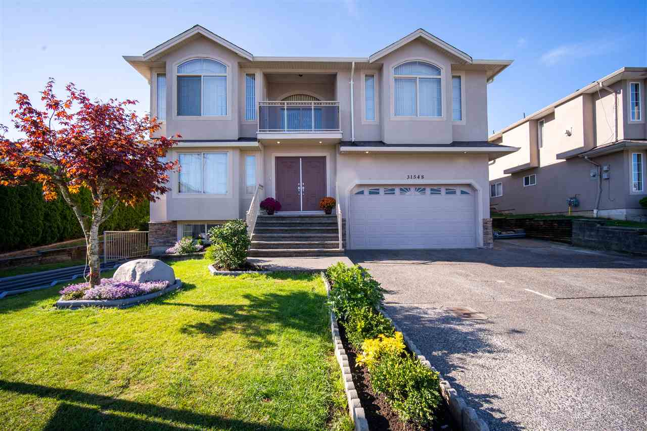 FEATURED LISTING: 31548 HOMESTEAD Crescent Abbotsford