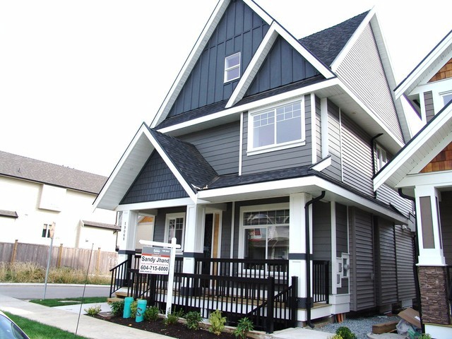 "Main Photo: 19068 68TH Avenue in Surrey: Clayton House for sale in ""Clayton Hill"" (Cloverdale)  : MLS® # F1320338"