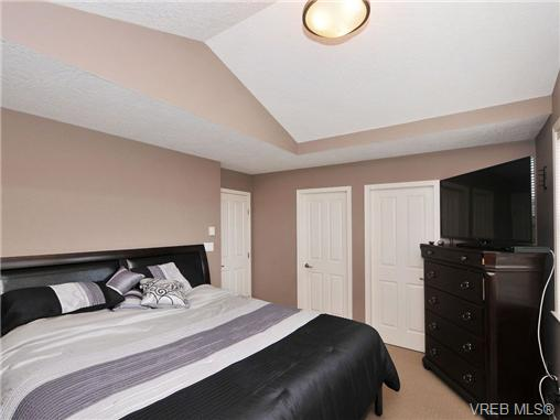 Photo 11: 804 Gannet Court in VICTORIA: La Bear Mountain Residential for sale (Langford)  : MLS® # 338049