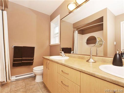 Photo 13: 804 Gannet Court in VICTORIA: La Bear Mountain Residential for sale (Langford)  : MLS® # 338049