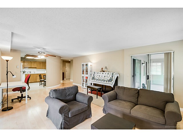 Photo 3: # 214 6735 STATION HILL CT in Burnaby: South Slope Condo for sale (Burnaby South)  : MLS® # V1129105