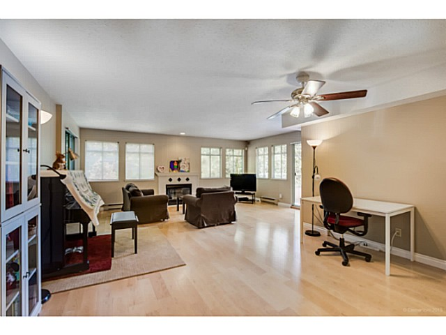 Photo 5: # 214 6735 STATION HILL CT in Burnaby: South Slope Condo for sale (Burnaby South)  : MLS® # V1129105