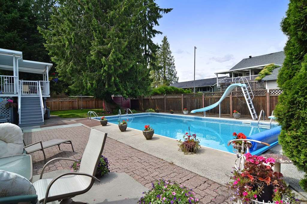 Photo 16: 20711 46 AVENUE in Langley: Langley City House for sale : MLS® # R2077062