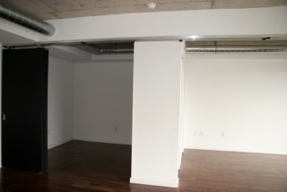 Photo 7: 32 Trolley Cres Unit #1105 in Toronto: Moss Park Condo for sale (Toronto C08)  : MLS(r) # C3587682