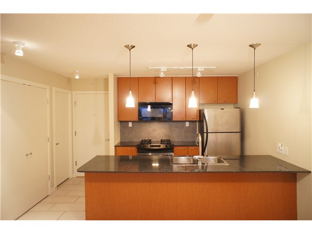 "Main Photo: 313 7138 COLLIER Street in Burnaby: Highgate Condo for sale in ""STANFORD HOUSE"" (Burnaby South)  : MLS® # V990230"