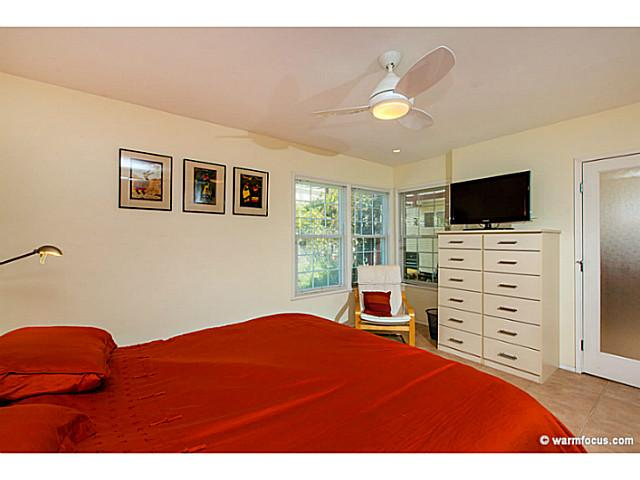 Photo 10: PACIFIC BEACH House for sale : 4 bedrooms : 1430 Missouri Street in San Diego